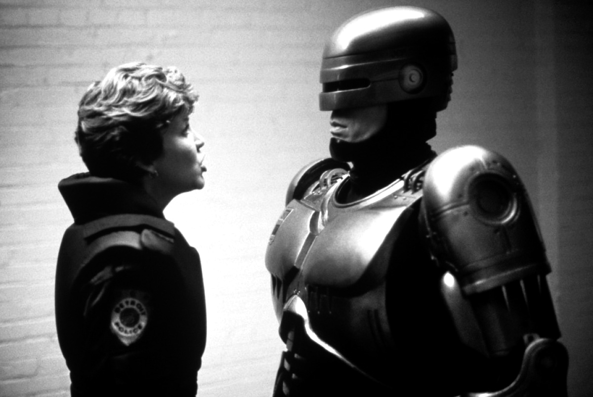 """""""Half man, half machine, all cop"""", Robocop (Verhoeven 1987)"""