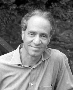 """Raymond Kurzweil ist Futurist, Transhumanist und """"Director of Engineering"""" bei Google. Foto von Michael Lutch (2006)."""